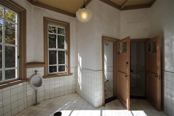 旧三笠ホテル トイレ