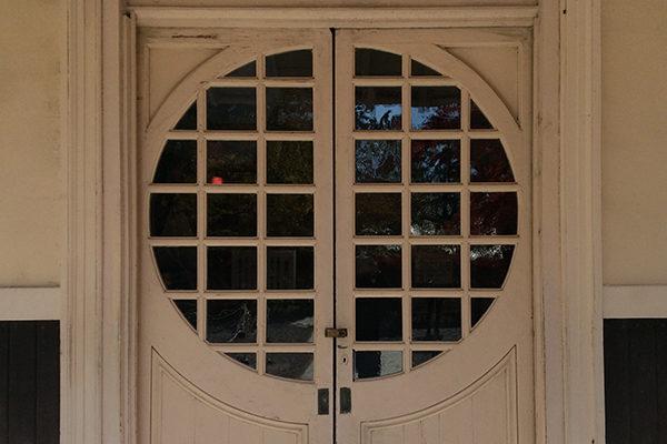 旧三笠ホテル 玄関ドア