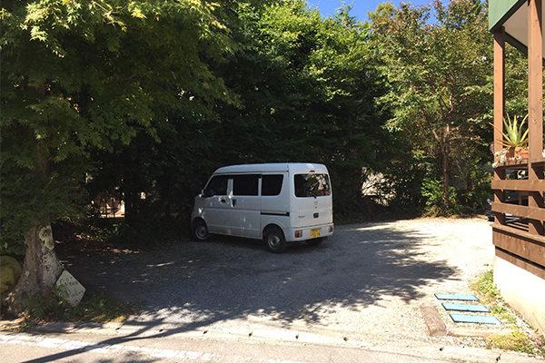 軽井沢・ナチュラルカフェイーナ 駐車場
